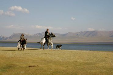 Going home on horse Kyrgyzstan travel