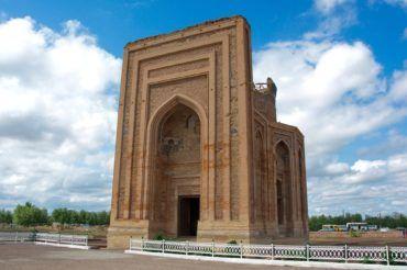 Kunya urgench tyurabek khanym-mausoleum - Turkmenistan