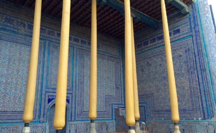 Best Central Asia Tour: palace pillars in Khiva