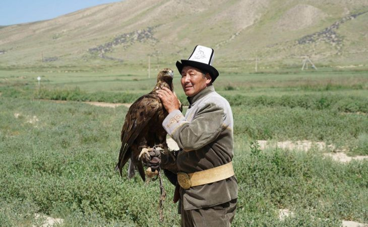 eagle hunting demonstration in kyrgyzstan tour, travel central asia