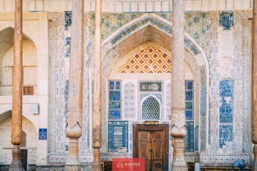Uzbekistan, Bukhara, Bolo Khauz, mosque