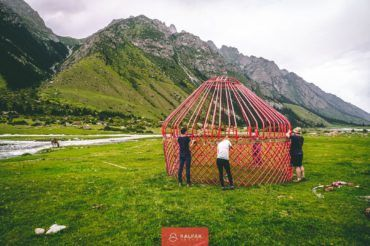 Kyrgyzstan yurt travel