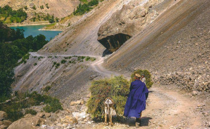 Tajikistan road