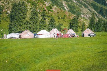 Tour Kyrgyzstan