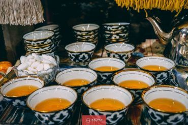 Uzbekistan tea, tradition, cotton pattern