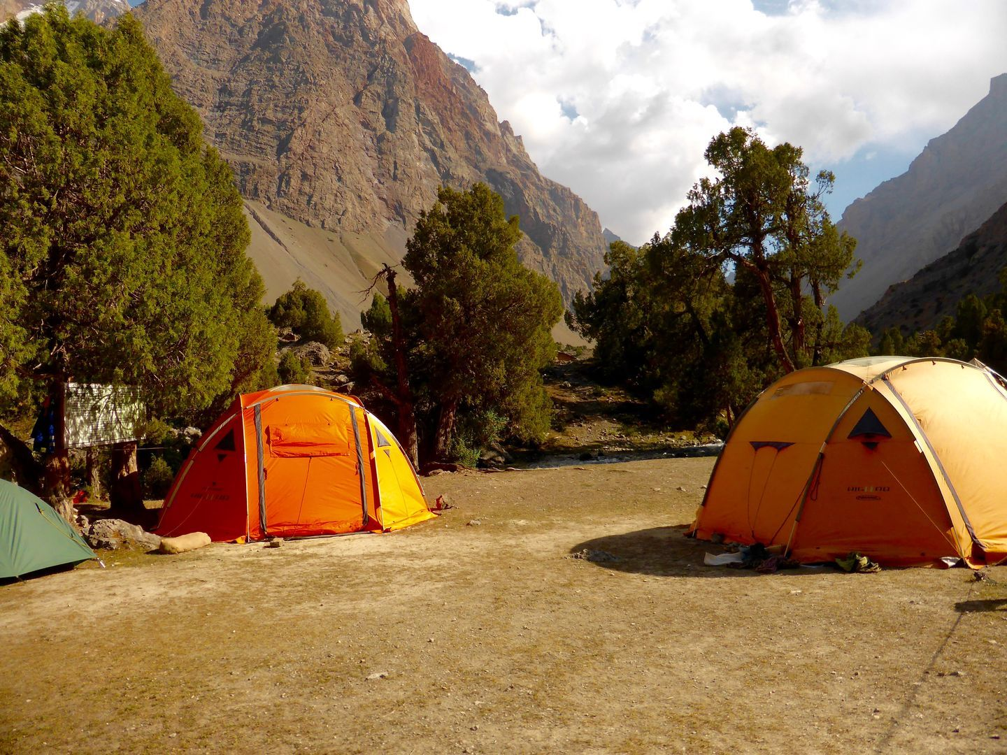 Camping in Fann mountains, trekking Tour Tajikistan