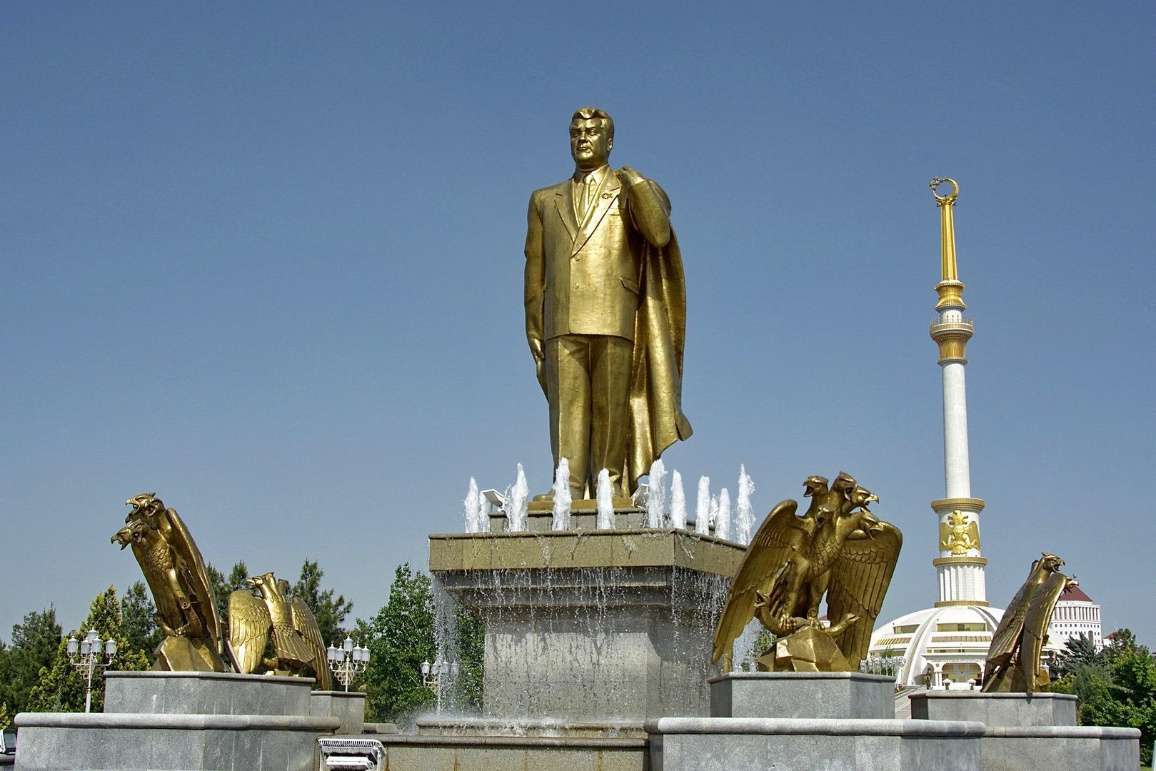 Golden Statue of Turkmenbashi in Central Asia Tour