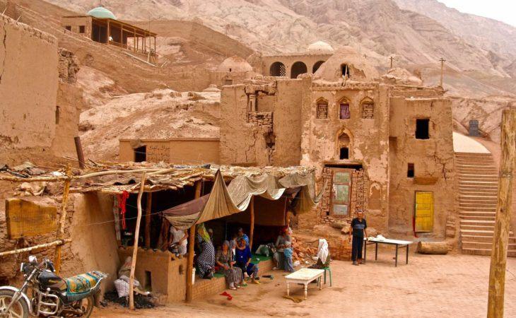 kashgar region of china historically belonged to central asia