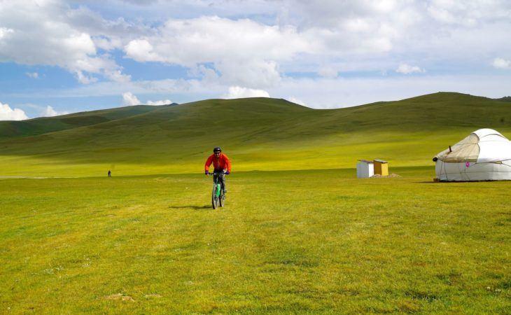 aactive biking Tour Kazakhstan & Kyrgyzstan