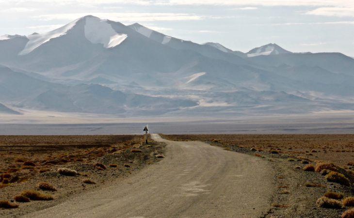 Road leading to Pamir-alay mountains border zone of Tajikistan & Kyrgyzstan, Independence Days Tour Tajikistan
