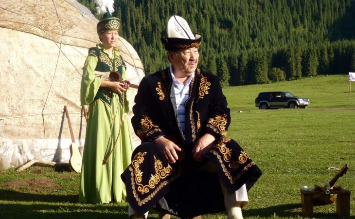 folkolore concert in front of the yurt in Kyrgyzstan