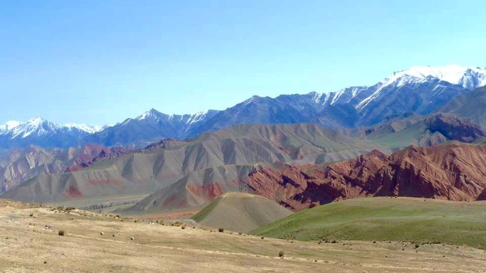 visit kyzyl alai mountains in kyrgyzstan