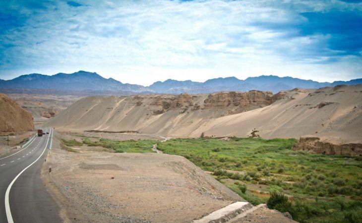 taklamakan desert near kashgar