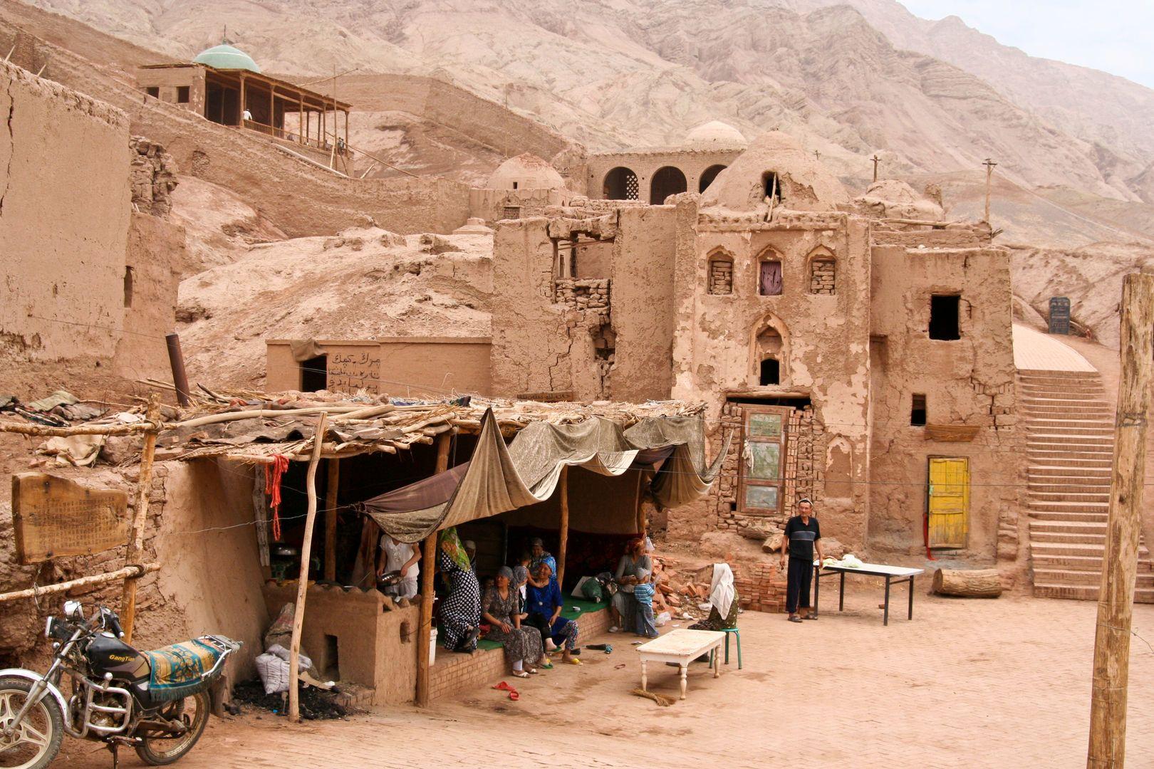 Kashgar city tour and houses