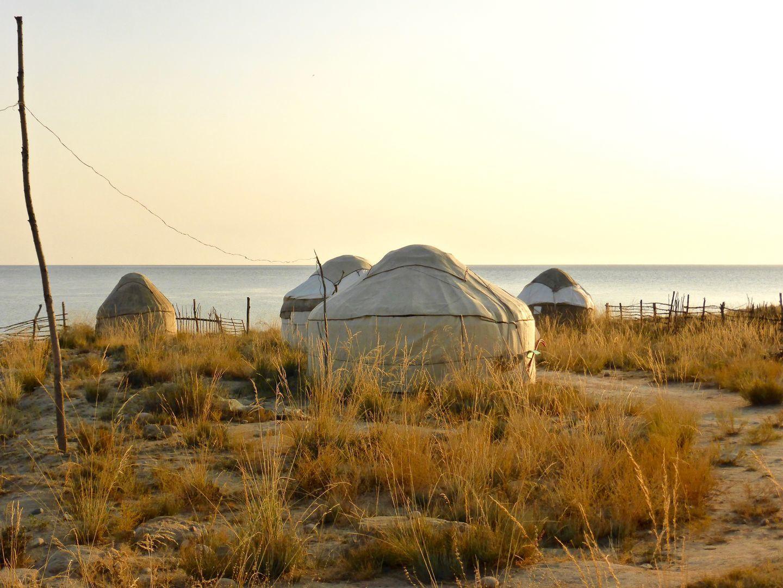 yurts at the shore of Issyk kul lake