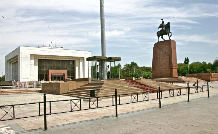 Manas Hero on horse in Bishkek