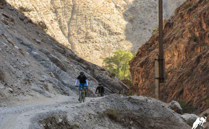 Tajikistan mountains bike tour