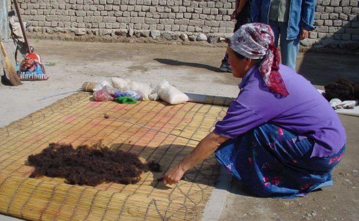 Kyrgyzstan, Kochkor, Felt making
