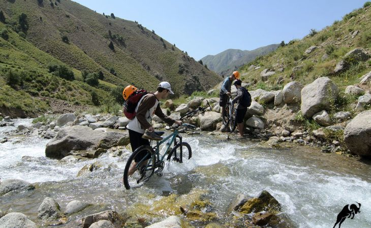 Mountain bike trip to tajikistan in summer
