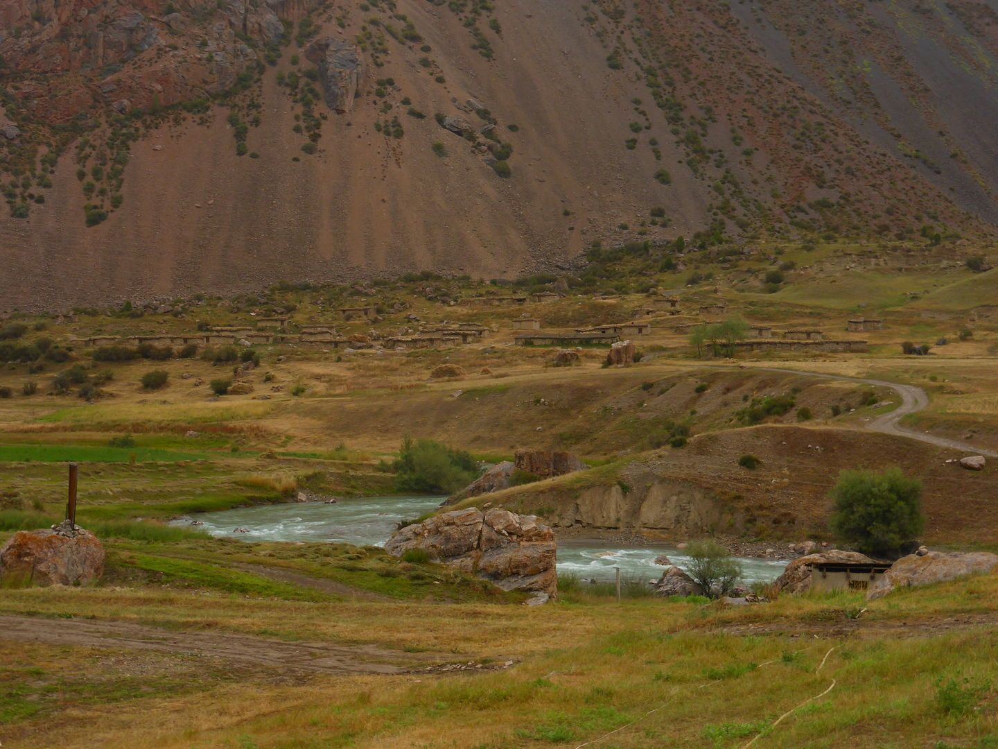 Tajikistan Tour has amazing nature for outdoor adventures