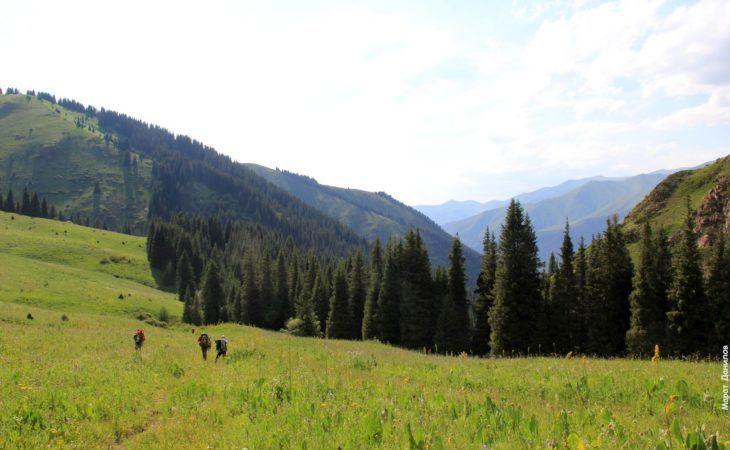 Trekking tour Kyrgyzstan