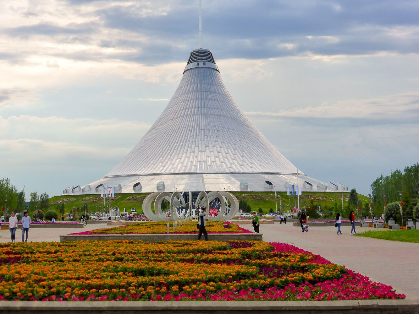 The Best Central Asia Tour: Khan Shatyr tent in Astana