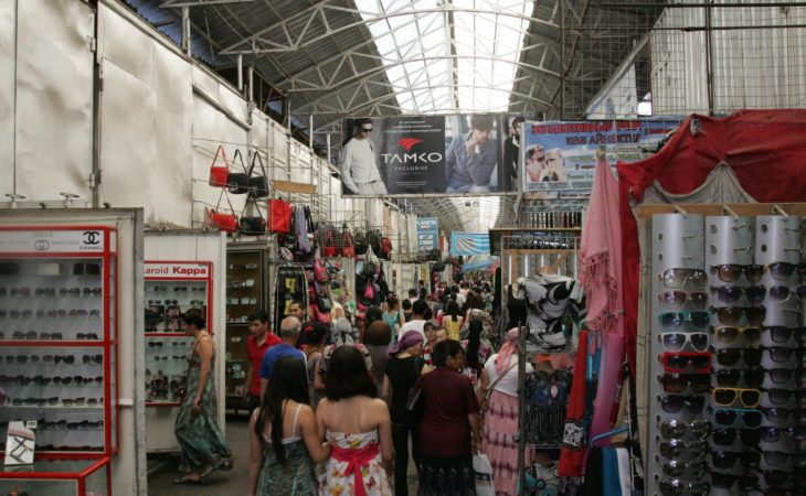 Dordoi Bazaar, biggest in Central Asia, Bishkek, Kyrgyzstan