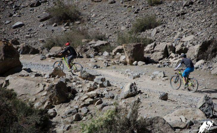 Tajikistan tour hiking and mountain bike riding