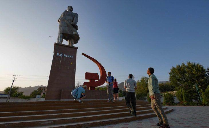 Khujand Tajikistan Lenin Statue