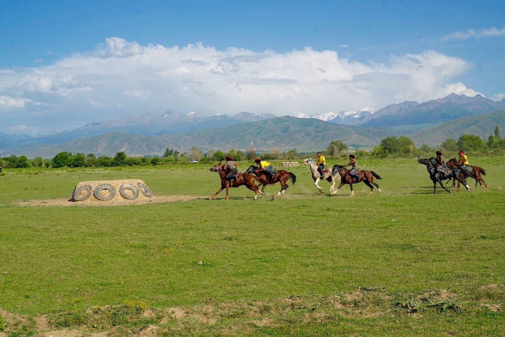 Kok Boru horse game played during Kyrgyzstan Tours & Nomad University