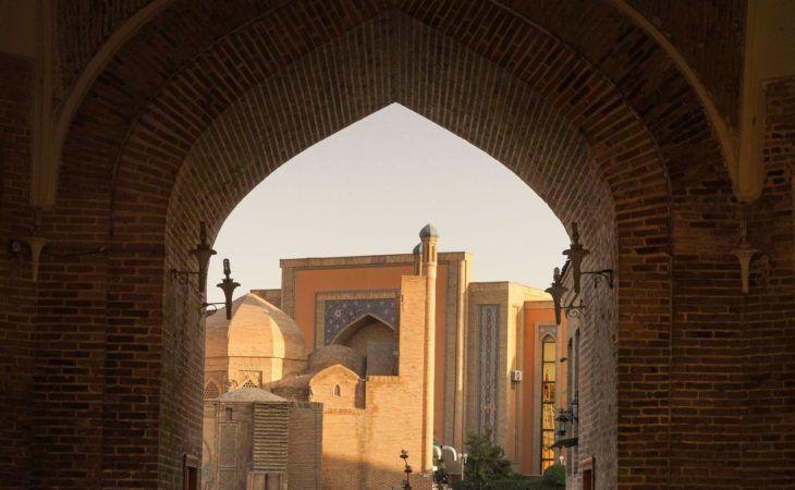Bukhara-bazar_Taqi_Zargaron