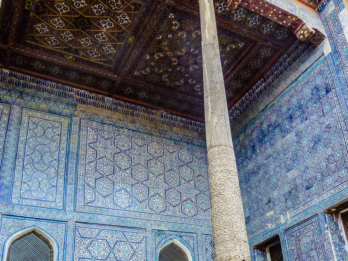 Stone palace of the khan in Khiva in Uzbekistan. deocrated blue tiles of Central Asia