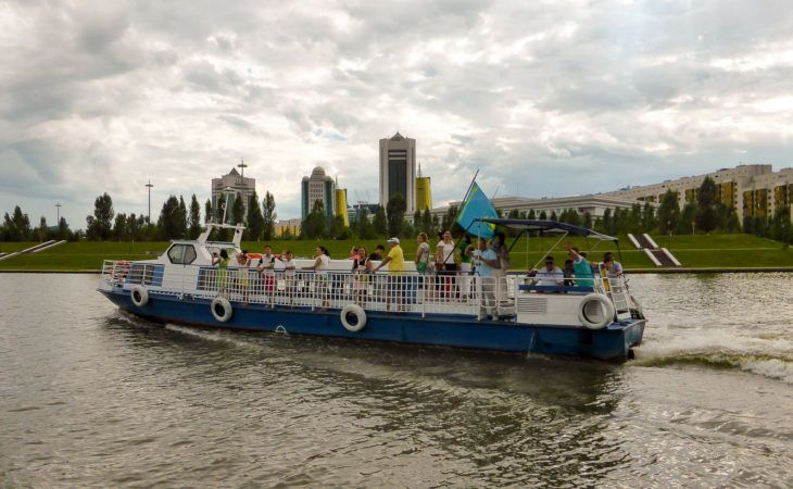 River cruise in Astana in Expo 2017 Tour