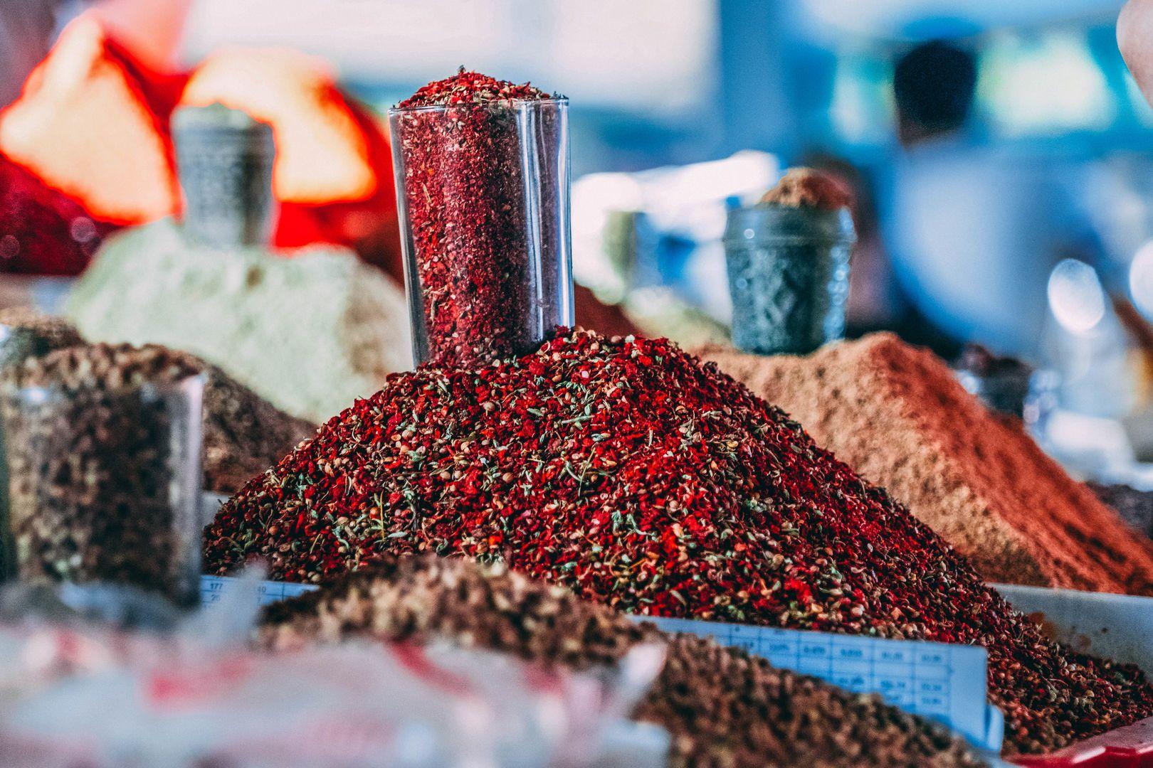 Silk Road spices, Uzbekistan, trade