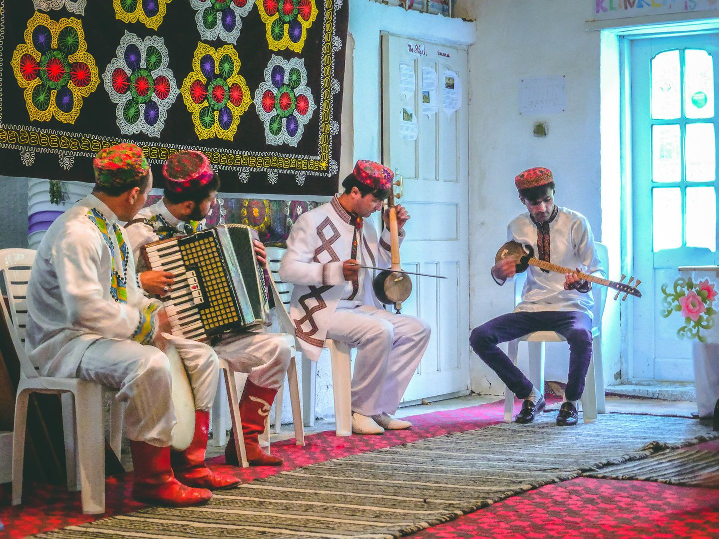 Pamir music, national clothes, people