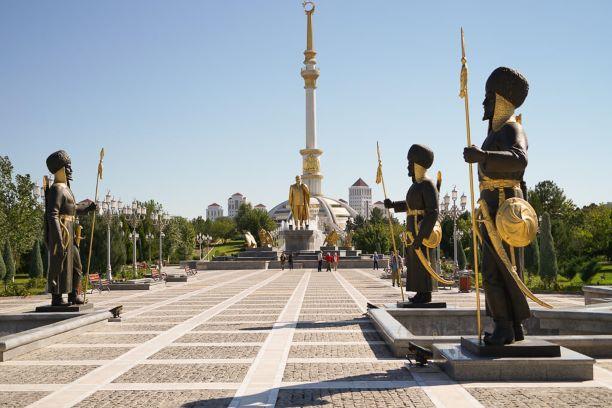 Turkmenistan tour starts in the center of Ashgabat city