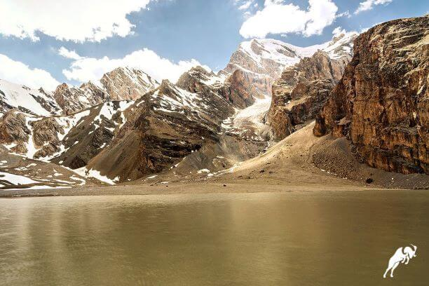 Tajikistan Mutnoe lake trekking